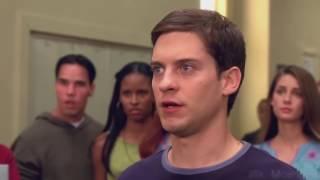 Питер Паркер против Флэша Томпсона. Человек-паук 2002.
