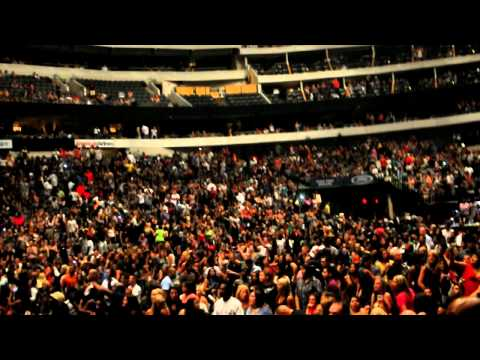 Fire on the Stage - Rihanna's Concert at American Airlines Center - Dallas