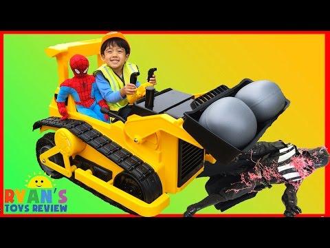 BullDozer CAT Power Wheels Ride On Car Kids Construction Vehicle Darth Vader got Spiderman Egg
