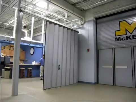 McKeon Door Model AC8800 Accordion Fire Door System & McKeon Door Model AC8800 Accordion Fire Door System - YouTube pezcame.com