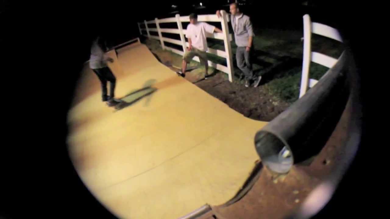 Go Skateboard day 2013 @TheBarnyard