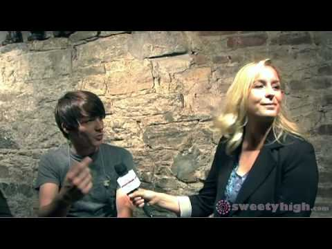 Drake Bell Surprises A Sweety High Contest Winner Backstage!