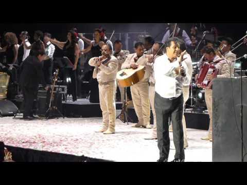 Juan Gabriel - Adios Amor Te Vas HD @ Madison Square Garden, November 2015