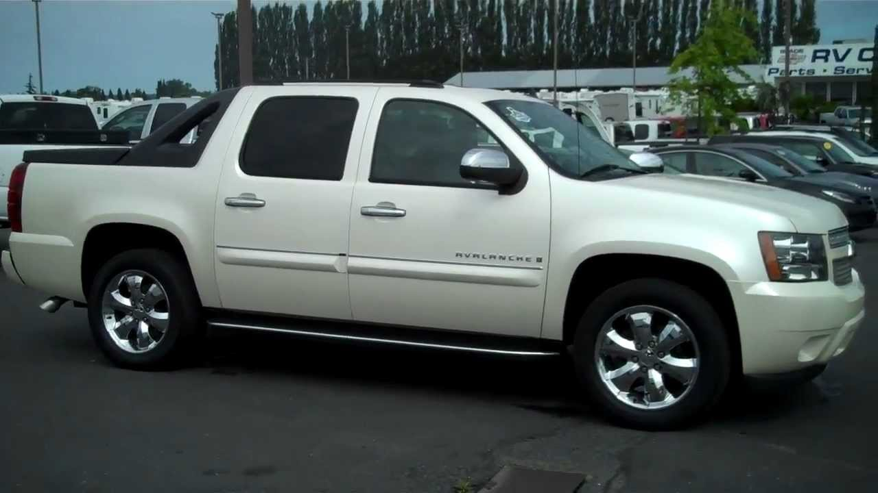 2008 chevy avalanche ltz diamond white tri coat 4x4 youtube. Black Bedroom Furniture Sets. Home Design Ideas