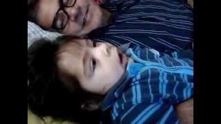 bebe de apenas 6 meses diz que não gosta do papai