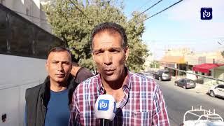 اعتصام سائقي الحافلات أمام دار المحافظة طلبا لاستجابة مطالبهم - (30-10-2017)