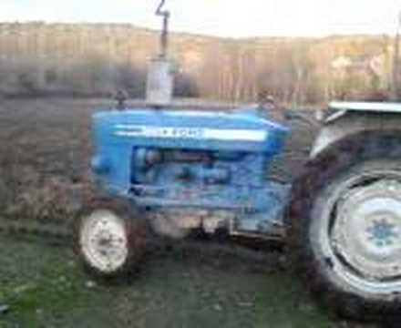 Ford Traktor - YouTube