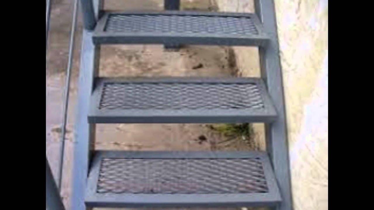 Yo vivo artesanal escaleras en hierro y aluminio con for Como construir una escalera de hierro y madera