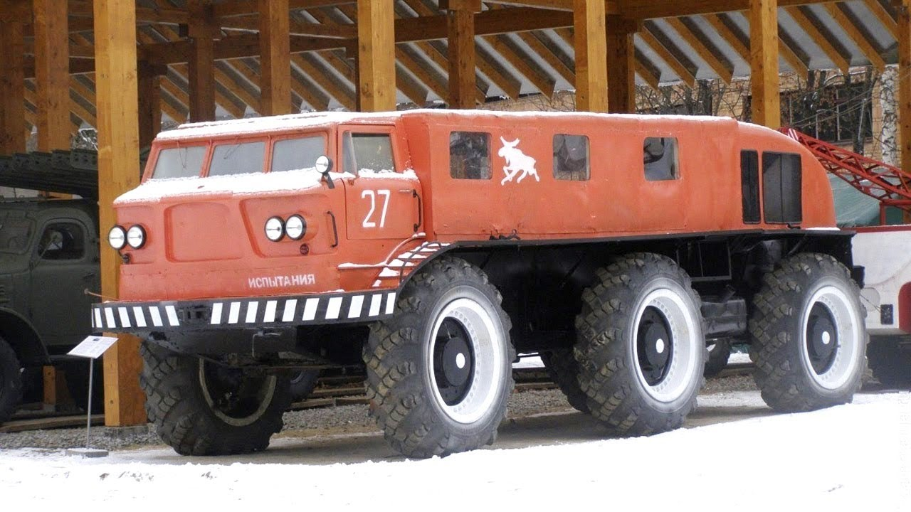ZIL E167 Truck 6x6 In Action