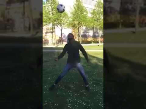Papa Juggling Son Disrupting Wait for it #FUNNY