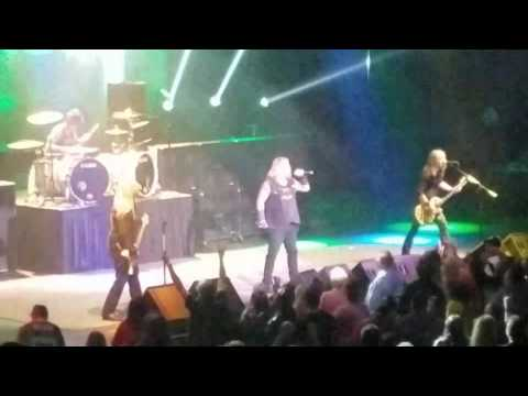 Vince Neil - Kick Start my Heart - Wendover- 3.18.17