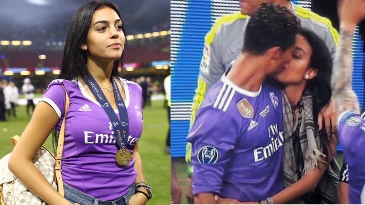 Moment Ronaldo Sama Sang Kekasih Georgina Rodriguez Di