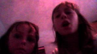 Nixie and Dixie do Stephanie McMahon theme