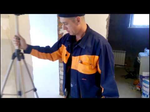 распорная стойка для лазерного нивелира своими руками