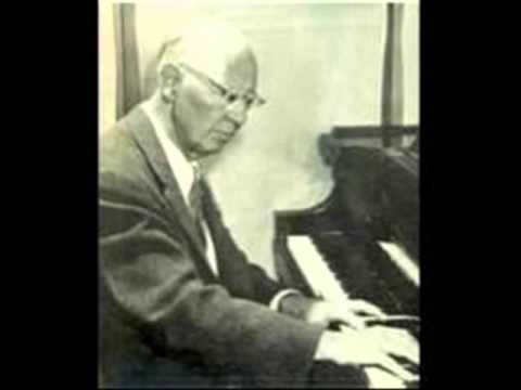 Egon Petri plays Brahms Variations & Fugue on a Theme by Haendel Op. 24