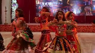 Radha dhundh rahi kisi ne mera shyam dekha/ radha krishna dance/ kids dance on bhajan/ janamashtmi d