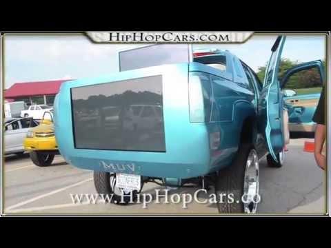 Candy Escalade on 32 inch Asanti custom wheels TVs crazy!!