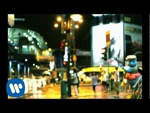 """KOTAK - """"Tinggalkan Saja"""" (Official Video)"""