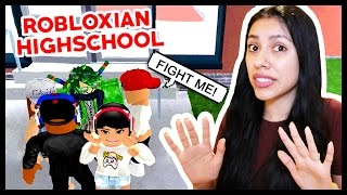 MY CRUSH ET BOYFRIEND GOT IN A FIGHT! - Robloxian Highschool - Roblox Roleplay