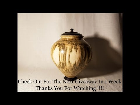 Woodturning How it`s made Urn
