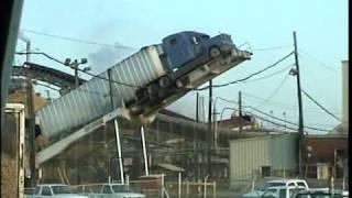 Unloading wood chip truck ... Gafencu Mario