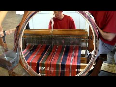 Weaving MacDonald Of Glenaladale Tartan