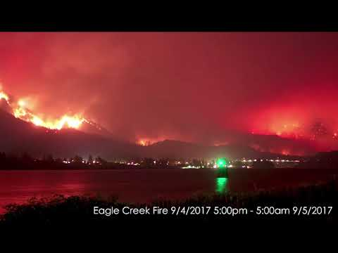 Overnight time lapse of the Eagle Creek fire in Oregon