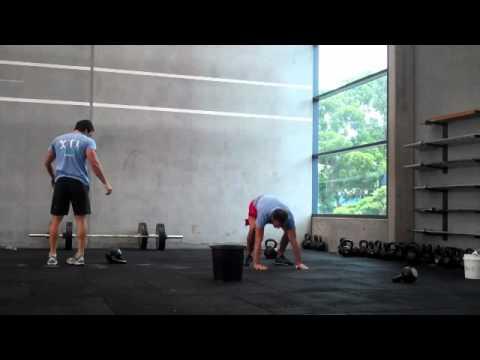 Paul Walton CrossFit Athletic 15-12-9 KB