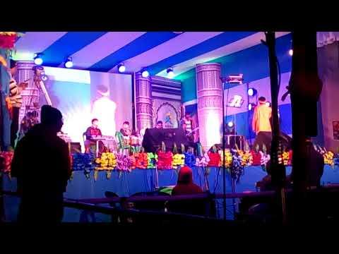 Mone Babla Patar Kosh Legeche.Bengali folk sing by Rajib