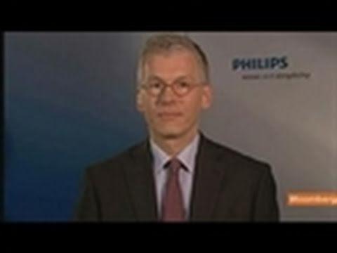 Van Houten Says Philips Plans 500 Million-Euro Cost Cuts
