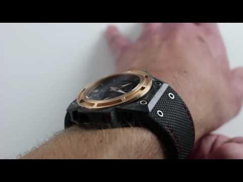 Linde Werdelin SpidoLite Tech Gold Luxury Watch Review