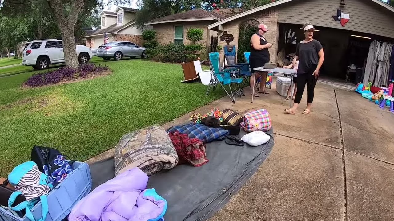 GARAGE SALE - DOLLS ARE ATTRACTED TO ME!