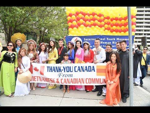 "Ao dai Canada Parade - Canada 150 ""Parade of Nations"" in Toronto organized by Vietnamese Youth"