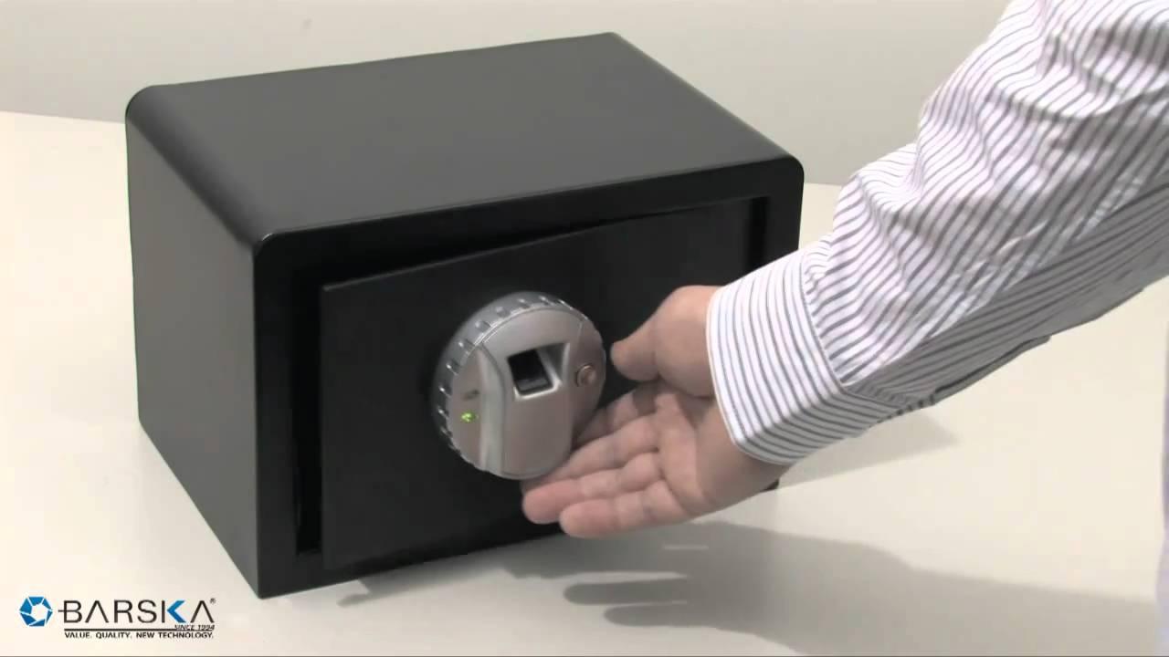 barska compact biometric gun safe ax11620