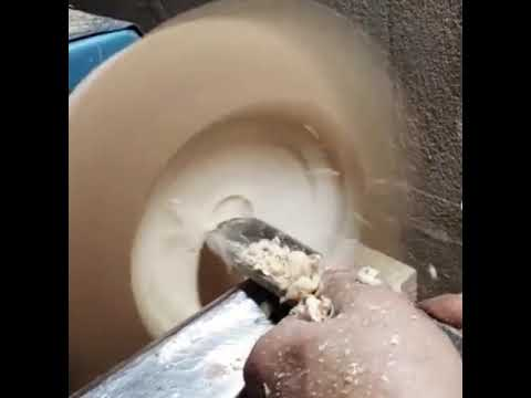 Bowl turning method