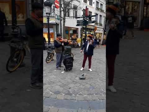 Enrique Iglesias -Live  SUBEME LA RADIO (Brussels /Belgium Live Violen)