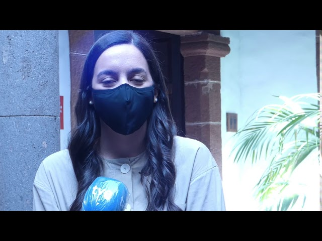 Encuentro de la Consejera Jovita Monterrey con la cantante Valeria Castro