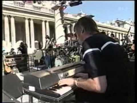 Paul Weller Broken Stones live performance with the organ