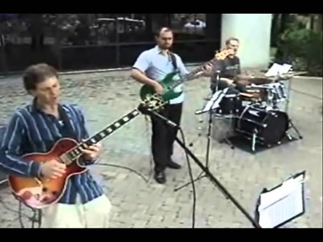 Dennis Winge Trio: