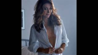 Sasha Alexander hot album