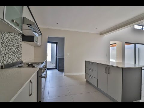 3 Bed House For Sale In Western Cape | Cape Town | Tableview And Blouberg | Parklands N |