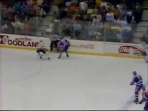 Selmar Odelein vs. Mark Kachowski (Edmonton Oilers vs. Pittsburgh Penguins) (Jan. 25, 1988)