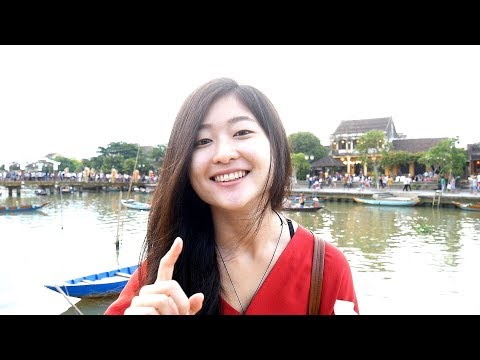 JAPANESE GIRL speaks Brilliant Vietnamese (just after 1 year of living in Saigon)