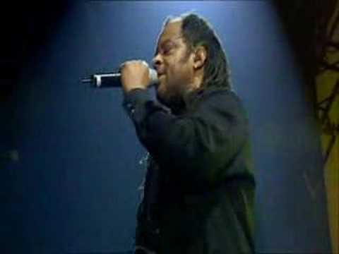 UB40 - 15# ♫ Rat In Kitchen ♫ (Live Ahoy,Holland - 11/12/03)