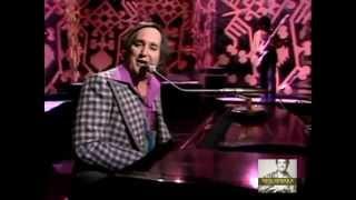 Neil Sedaka - Laughter In The Rain Live