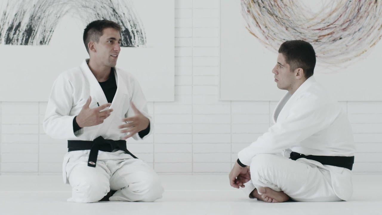Fazendo o Adversário Perder Controle Da Guarda | Gui Mendes & Tainan Dalpra | artofjiujitsu.com