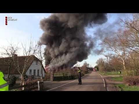 Verwoestende brand in jachthaven IJsselstein [RTV Utrecht]