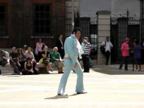 Sweet Caroline - Elvis Shmelvis, live in Paternoster Square 2010
