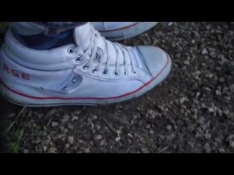 trashing shoes used YouTube abuse shoe Hummel XiuPOkZ