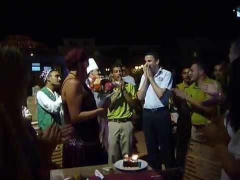 Песня хеппи бёздей - Вова С Днём рождения в mp3 320kbps